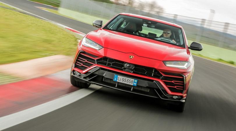 Lamborghini Urus, il Suv super anche in pista