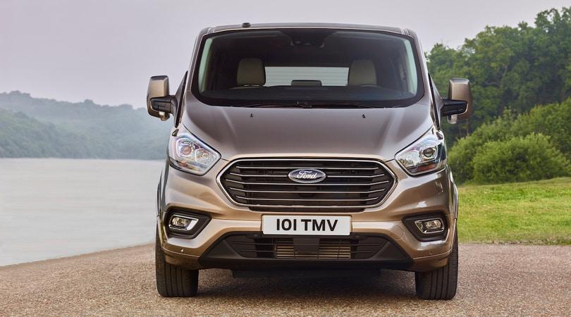 Ford Tourneo Custom, business class per tutti