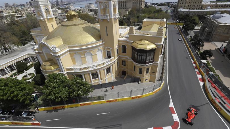 Baku: 1/e libere a Bottas, Vettel 10/o