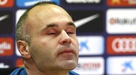 Barcellona, Iniesta dice addio in lacrime