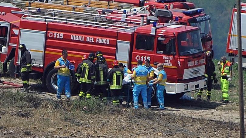 Esplode fabbrica di 'botti', due feriti