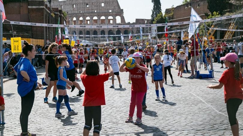 Fipav Venezia Calendario.Volley Dal Colosseo A Piazza Venezia In 6000 Per Il
