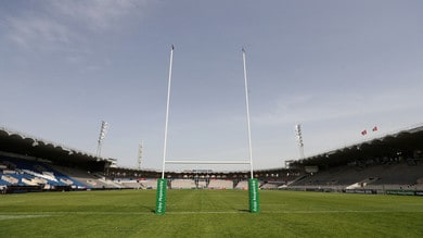 Paura nel rugby: ragazza grave dopo placcaggio