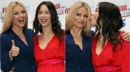 """Vuoi scommettere?"": Michelle Hunziker e Aurora Ramazzotti insieme in tv"