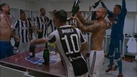 Juventus: la festa negli spogliatoi