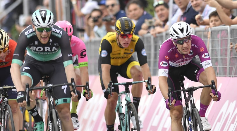 Giro d'Italia, 7ª tappa: vince Bennett davanti a Viviani, Yates resta in rosa