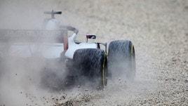 F1 Spagna, disastro di Grosjean: incidente con tre piloti coinvolti