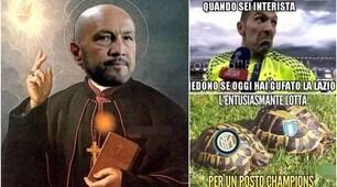 """Il Crotone ferma la Lazio e i tifosi dell'Inter """"santificano"""" Zenga sul web"""