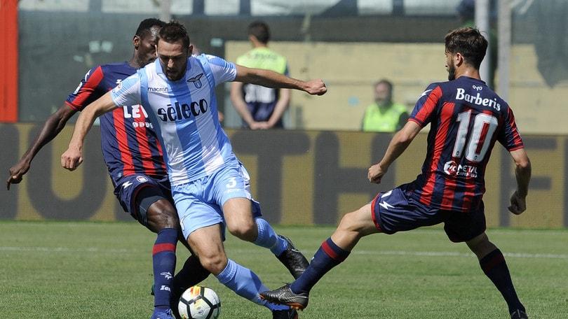 Serie A, De Vrij titolare con l'Inter è dato a 2,15