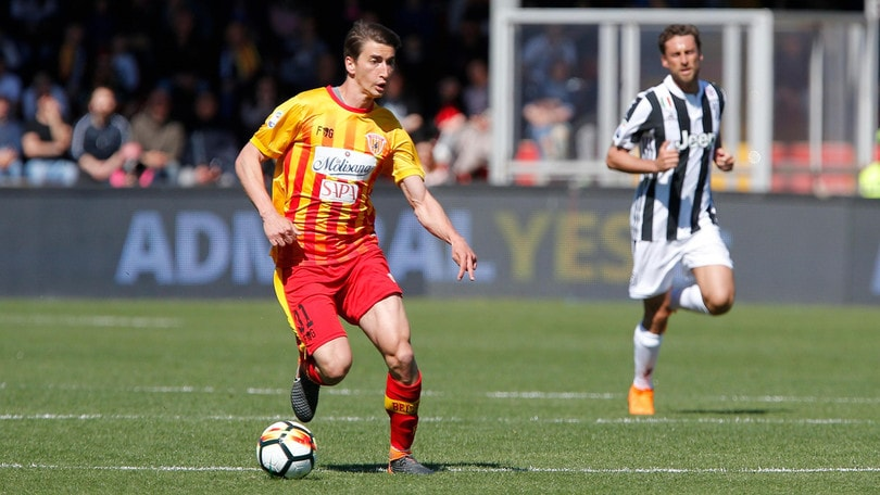Calciomercato Benevento, destino incerto per Guilherme e Djuricic
