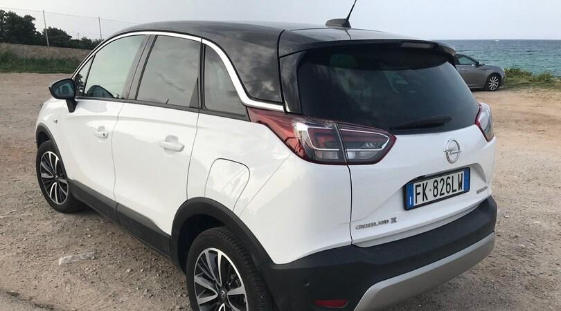 Test comparato Kia Stonic - Opel Crossland X