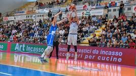 Playout A2 Old Wild West - Tutto su Napoli-Roseto, gara 2 di secondo turno