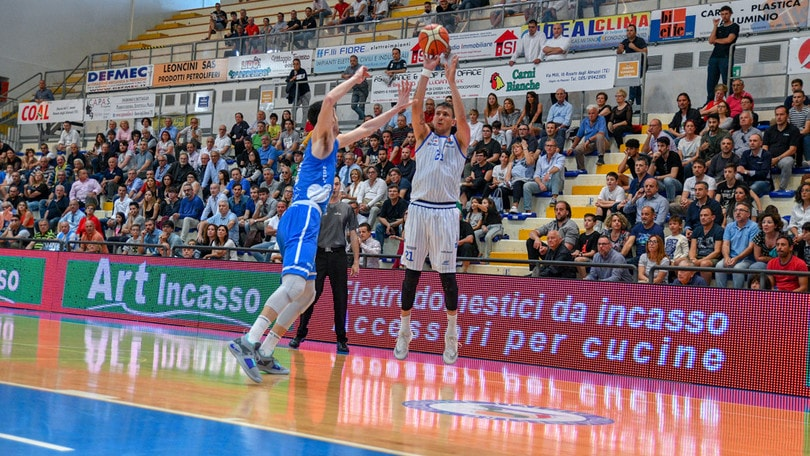 Playout A2 Old Wild West - Tutto su Napoli-Roseto, gara 2 di secondo turno
