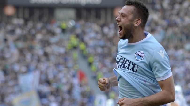 Lazio, dilemma De Vrij: è quasi fuori