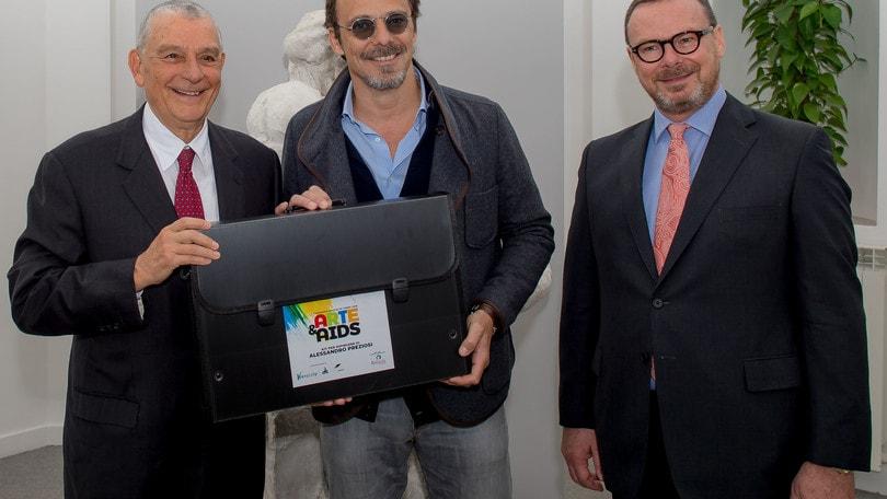 """""""Arte & AIDS"""": i vip dipingono per beneficenza"""