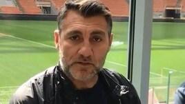 Vieri imita Pirlo e invita i tifosi allo stadio