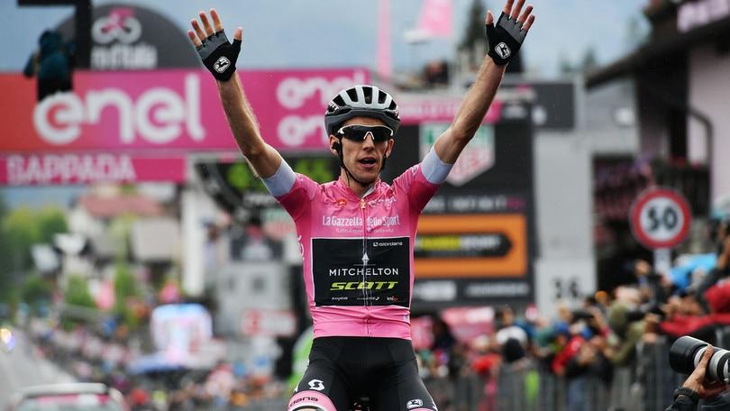 Giro d'Italia: la quota di Yates crolla a 1,40