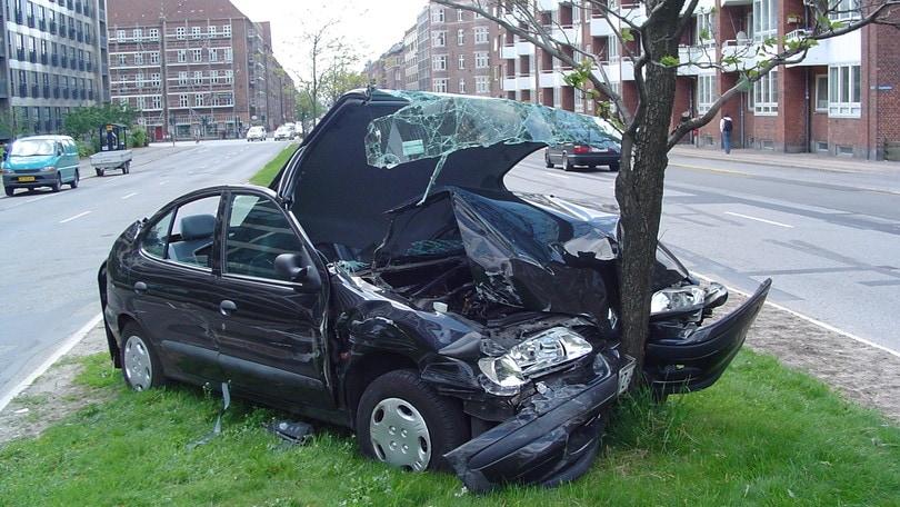 Sicurezza stradale, la UE chiede più sicurezza a bordo dal 2021