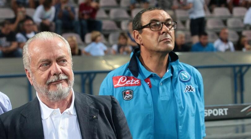 Napoli, Sarri in un angolo: c'è il Chelsea