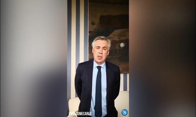 Napoli, Ancelotti saluta in 4 lingue