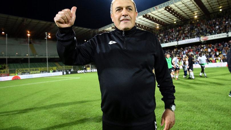 Calciomercato Cesena, Castori rinnova per due stagioni