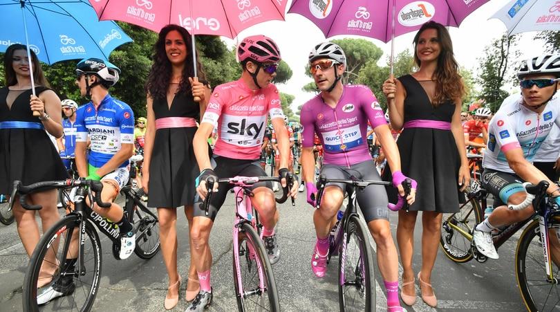 Giro d'Italia, troppe buche a Roma: corsa accorciata