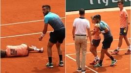 Roland Garros:Dzumhur si scontra con il piccolo raccattapalle