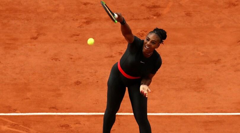 Roland Garros, Serena Williams e Kerber volano agli ottavi
