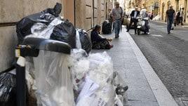 Cronaca, Roma ancora invasa dai rifiuti
