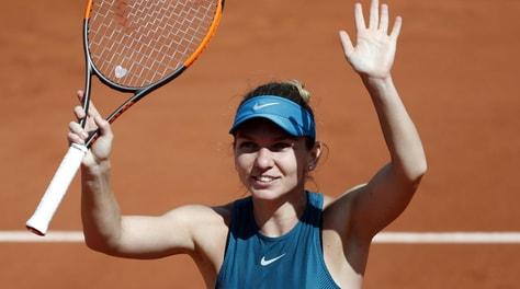 Roland Garros, Halep è la prima finalista