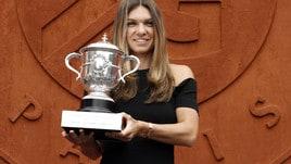 Roland Garros, Simona Halep fa festa a Parigi