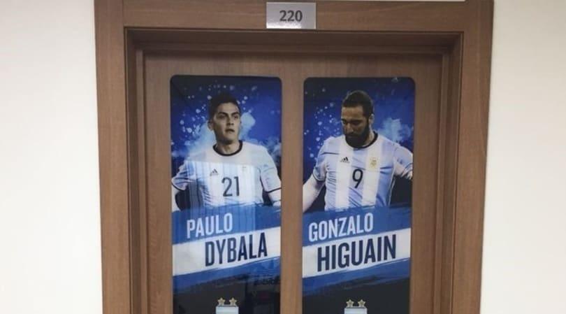 Argentina, Higuain e Dybala fanno coppia anche in camera