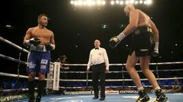 Boxe: Tyson Fury torna sul ring e vince dopo quattro round