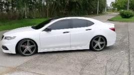 Felipe Baloy vende auto direttamente dal Mondiale