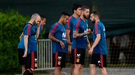 Caos Spagna, Hierro nuovo ct dirige il suo primo allenamento