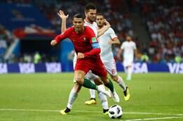 Contatto Ronaldo-Nacho: il rigore concesso da Rocchi