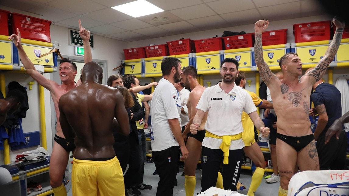 Ciociari promossi dopo la vittoria per 2-0 in casa con il Palermo nel ritorno della finale play-off