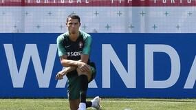 Cristiano Ronaldo si fa crescere il pizzetto... come una capra?