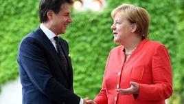 Migranti: Merkel, solidarietà all'Italia