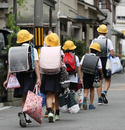 Terremoto Osaka: 5 morti, 1.700 sfollati