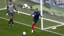 Mondiali: 1-0 al Perù, Francia agli 8/i