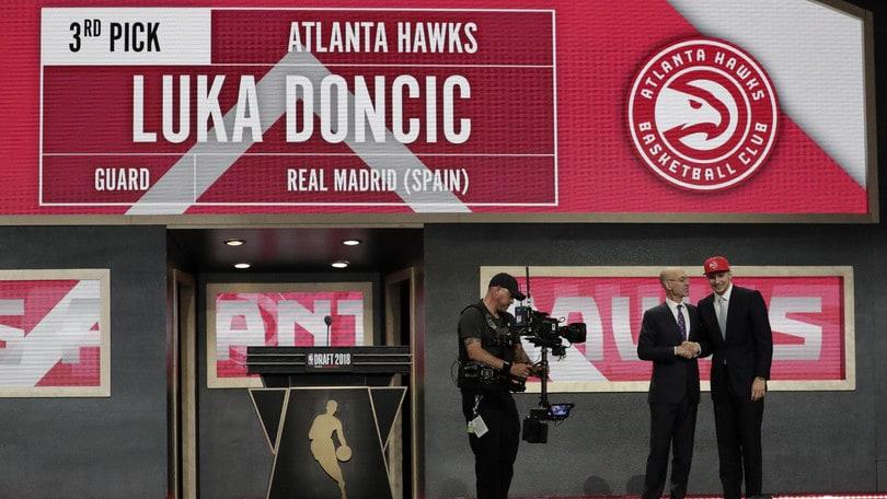Draft NBA, Atlanta sceglie Doncic e lo gira a Dallas