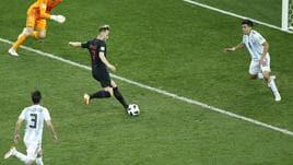 Mondiali: Rakitic difende Messi