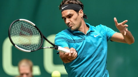 Tennis, Atp Halle: Federer vola in semifinale