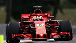 F1 Francia, 5 secondi di penalità per Vettel