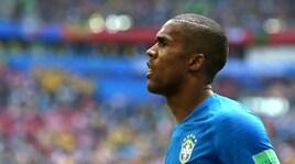 Brasile, allarme Douglas Costa: mondiali finiti? E la moglie incolpa Tite