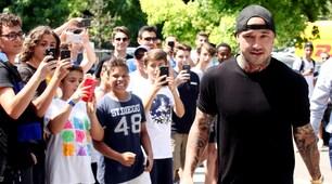 Nainggolan arriva al Coni accolto dai tifosi dell'Inter