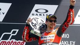 MotoGp Ducati, Lorenzo: «Domenicali chiede il titolo? Ci vuole calma»