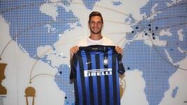 Calciomercato Inter, Politano: «Emozione indescrivibile essere qui»