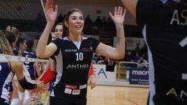 Volley A2 femminile - Syria Tangini per rinforzare il muro di Martignacco